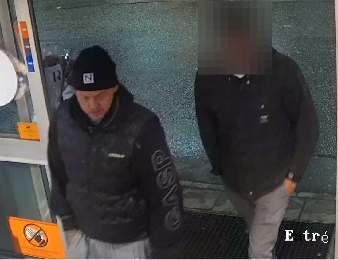 De åtalade för dubbelmordet i Vallentuna, Christoffer Öhman och hans 26-årige kumpan till höger.
