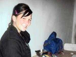 18-åriga Kirsty Theologo avled av sina skador efter vad polisen misstänker är en satanistisk ritual.