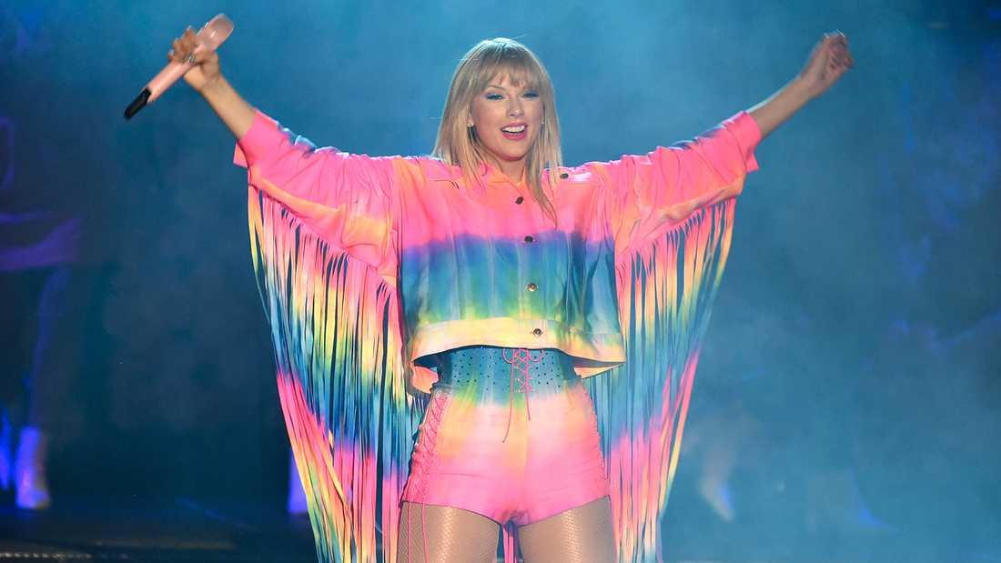 Taylor Swift uppträder i Carson, Kalifornien, i början av juni i år.