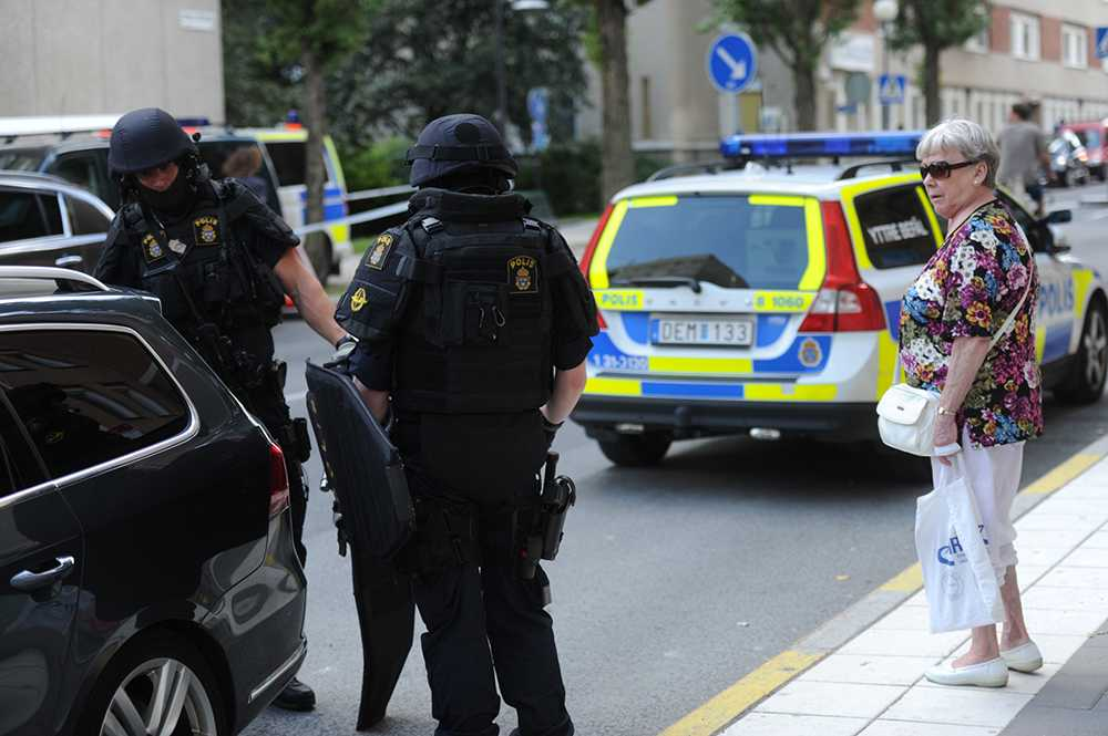 Polispådraget var stort på centrala Södermalm när en man sköts till döds tidigare i somras.