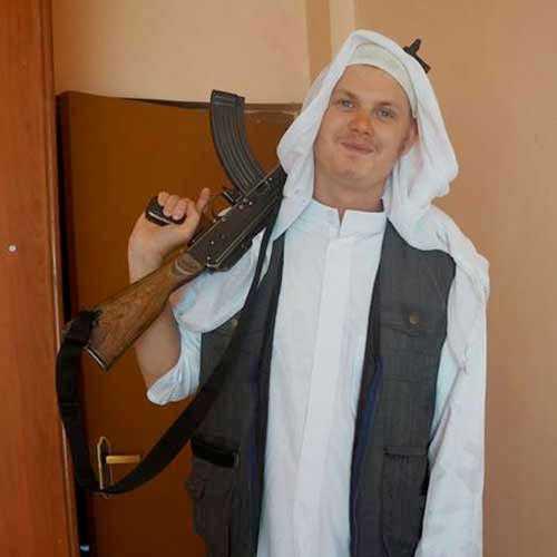 IS-terroristen Mikael Skråmo reste till Syrien 2014.