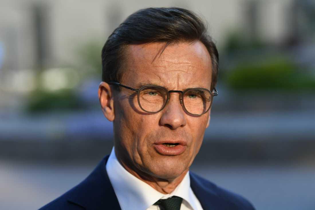 Ulf Kristersson, Moderaternas ledare, på väg in till partiledardebatten i SVT-huset.