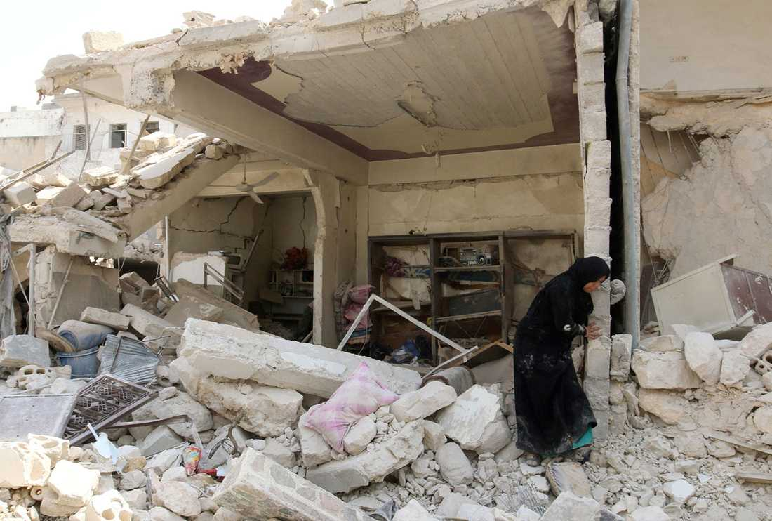 En kvinna bland bombresterna.