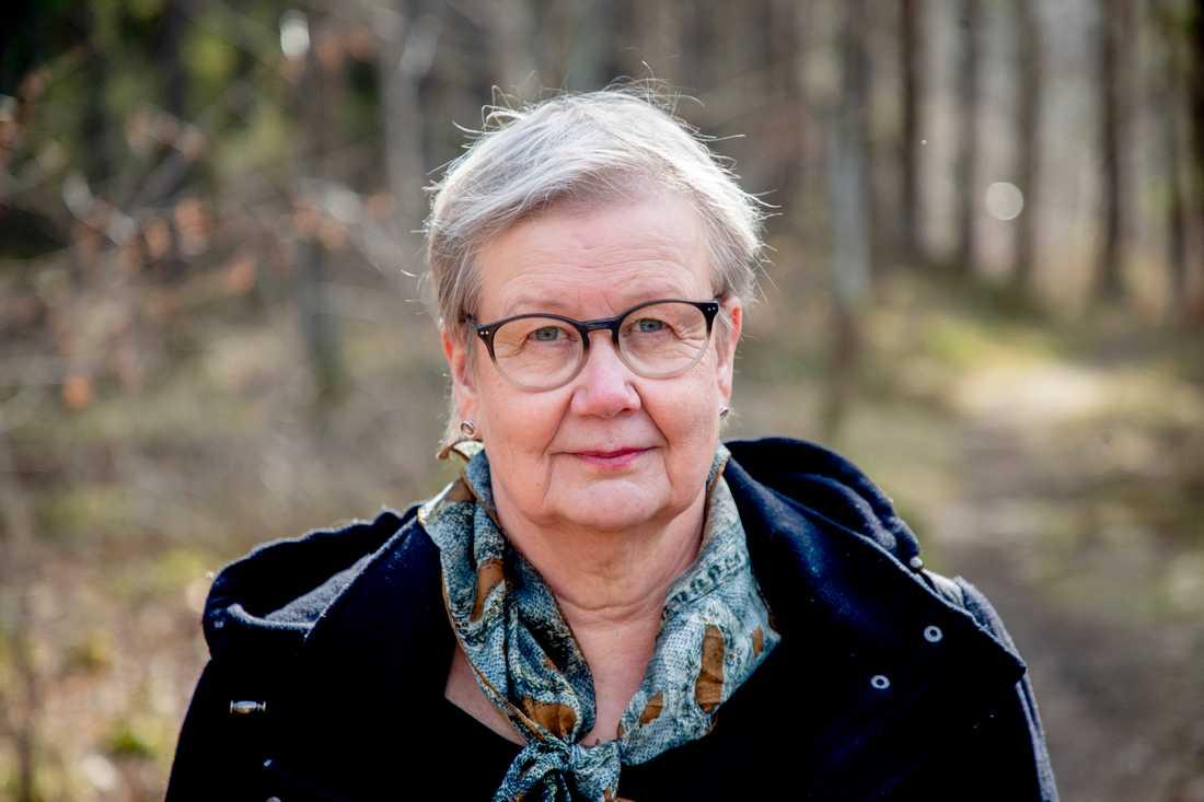 """""""Jag som förälder måste vara välinformerad om vad som händer. Jag måste hela tiden ha flera handlingsalternativ förberedda i huvudet, fler än vanligt"""", säger Ulla Adolfsson, ordförande för Autism- och aspergerförbundet i Sverige."""