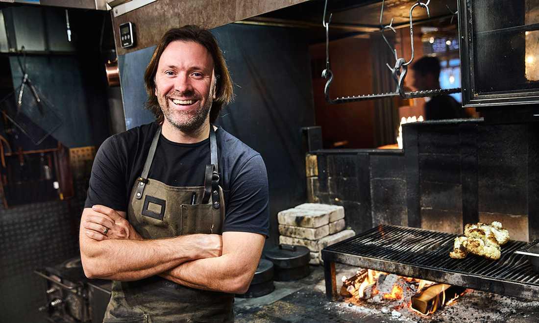 Niklas Ekstedt tycker att vi ska laga mat med sunt förnuft och äta efter säsong.