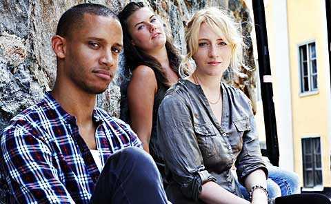 Nya generationen Cherno Jallow, född 1983, Charlotte Orrnert, 1987, och Matilda Lann, 1984, är överens om att synen på sex och relationer har blivit friare.