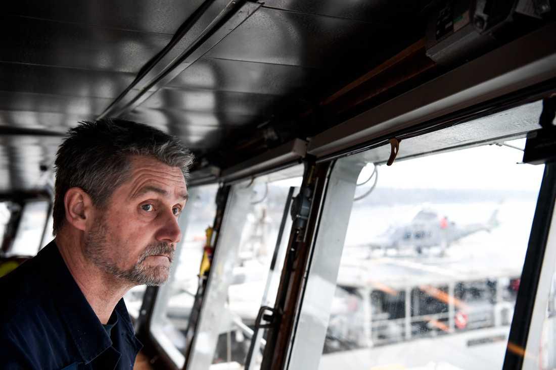 Flottiljchef Fredrik Palmquist under ubåtsjaktövning i Östersjön.