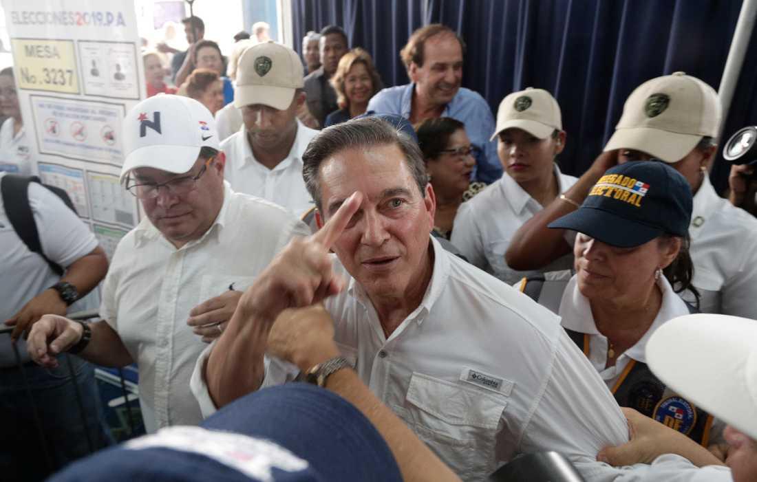 """Laurentino """"Nito"""" Cortizo har segrat i Panamas presidentval enligt preliminära siffror från landets valkommission. Här en bild från en vallokal i huvudstaden på söndagen."""