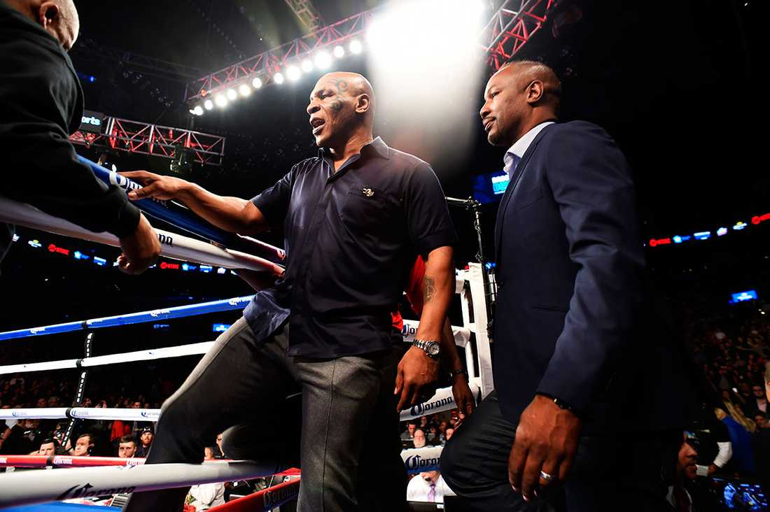 Även Mike Tyson var på plats.