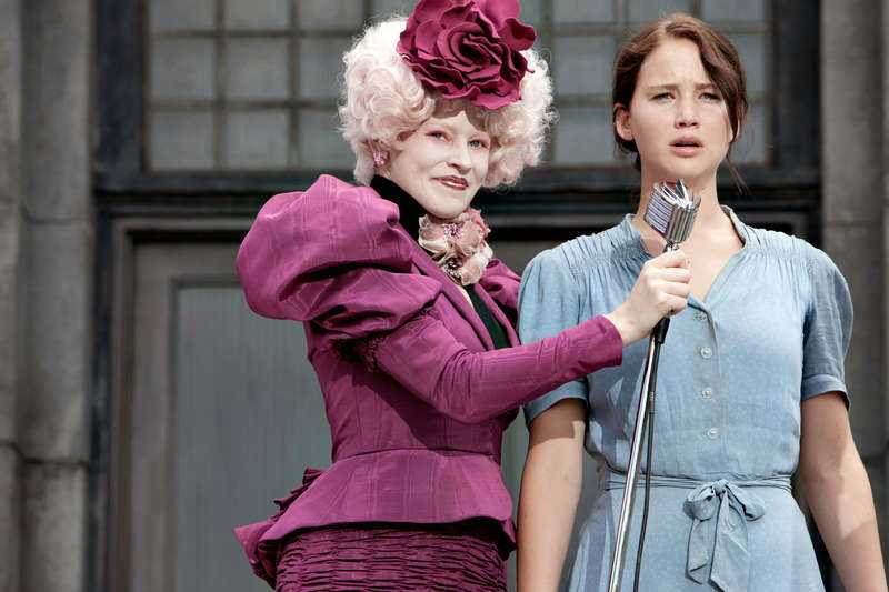 Banks som Effie Trinket.