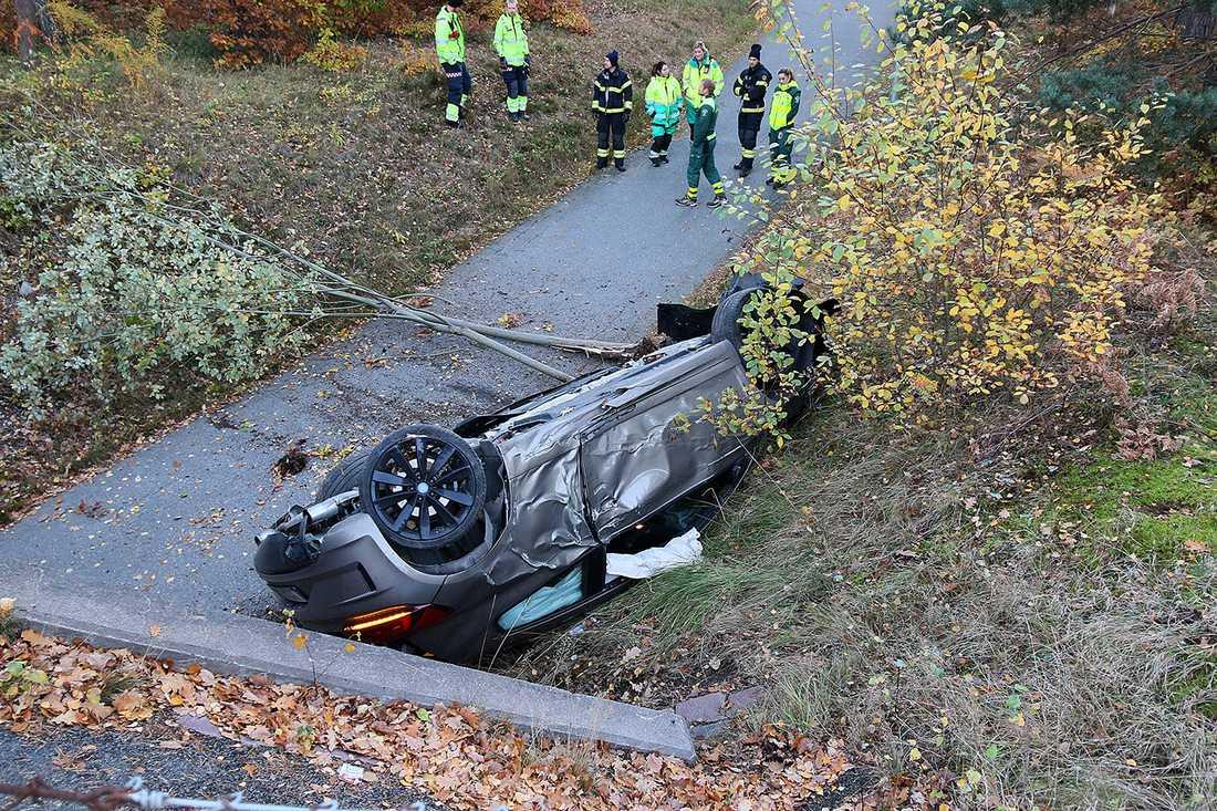 Alexander Petterssons bil efter kraschen.