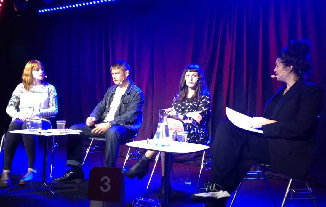 Cissi Wallin, Carl-Michael Edenborg, Saskia Vogel och samtalsledaren Jenny Nordlander.