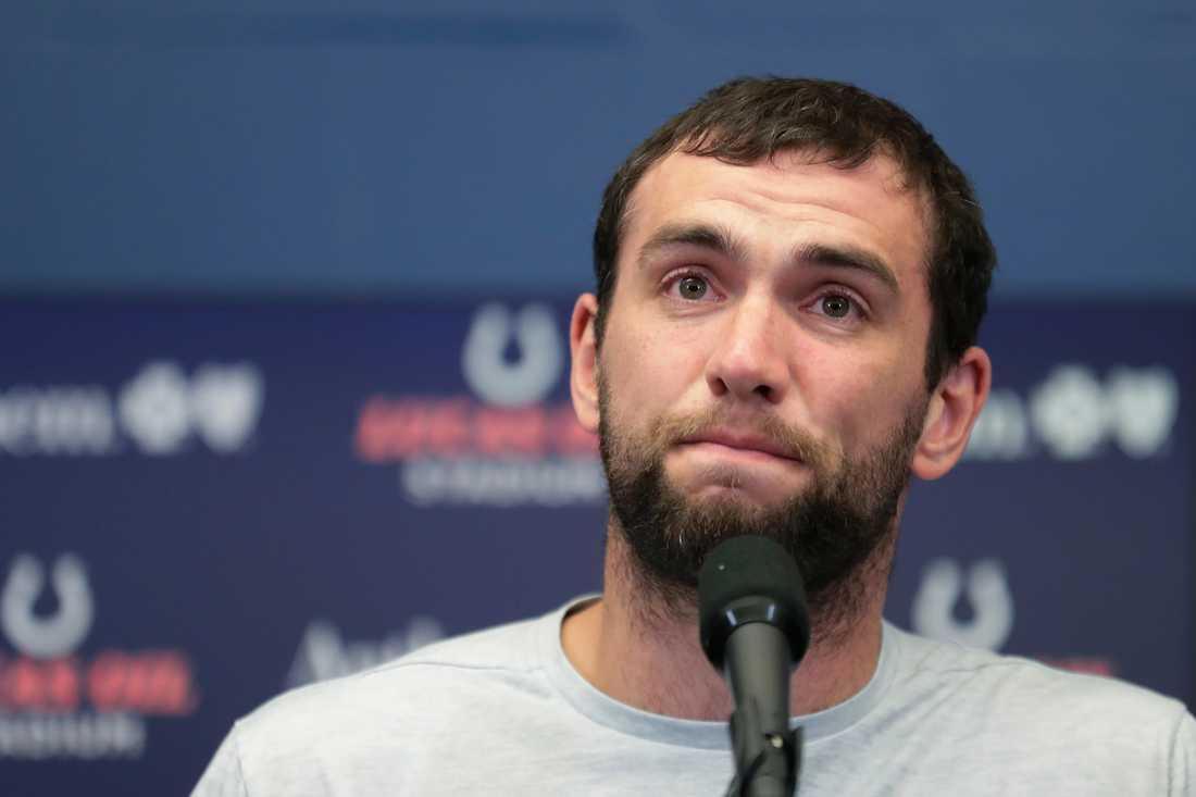 Andrew Luck på presskonferensen.