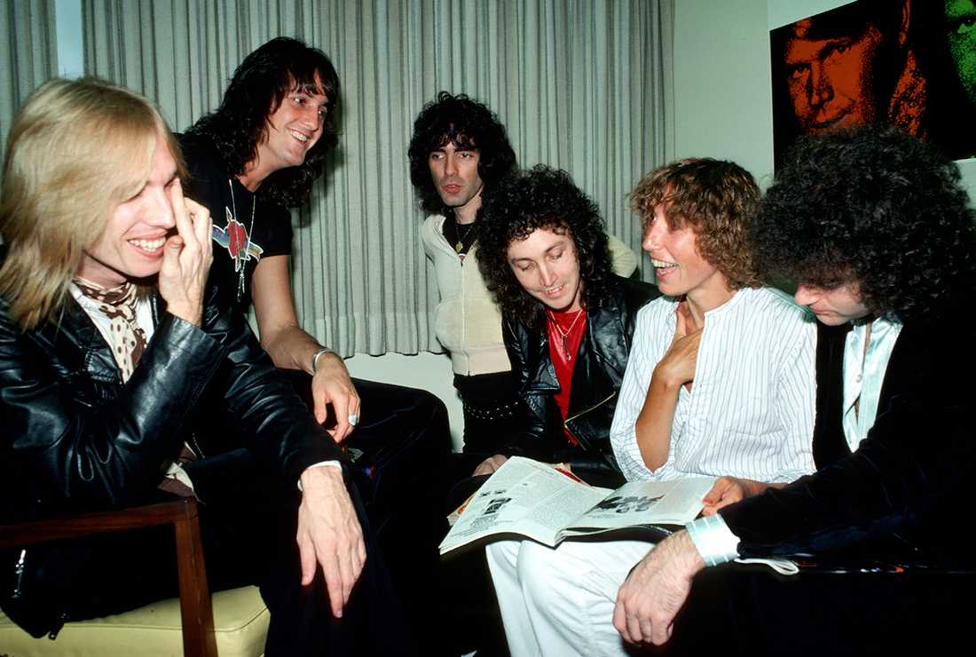 Tom Petty & The Heartbreakers.