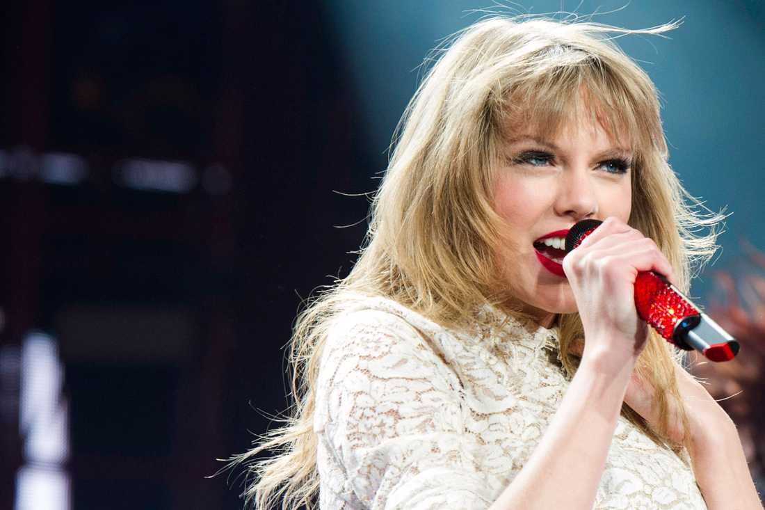 Taylor Swift har kopplats ihop med Cory Monteith.