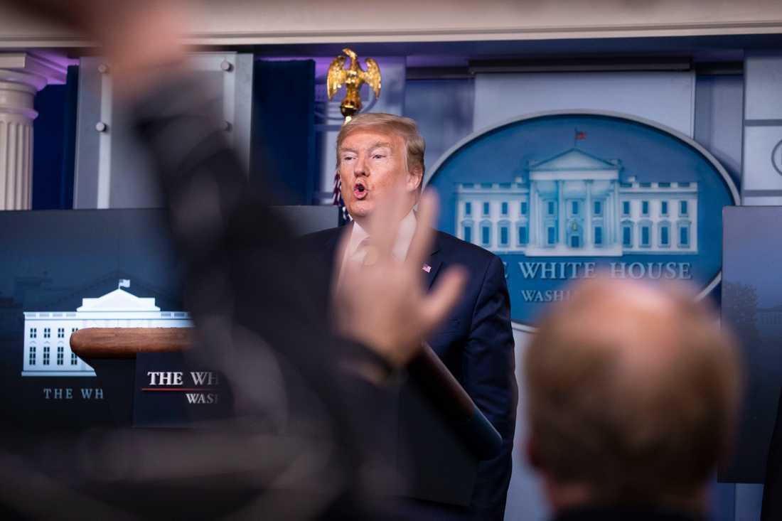 President Donald Trump hävdade länge att myndigheterna hade viruset under kontroll.