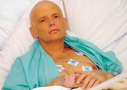 PÅ SJUKHUSET Alexander Litvinenko tappade håret och gick dramatiskt ner i vikt. Tre dagar senare dog han.