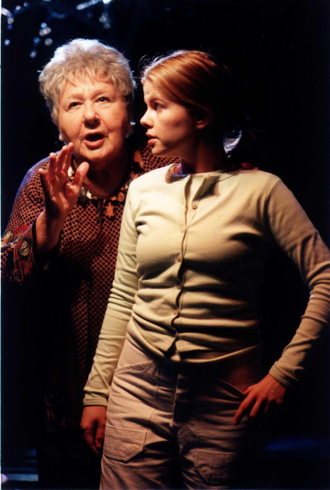 1995: Silver star På teaterscenen tillsammans med Anna Björk.
