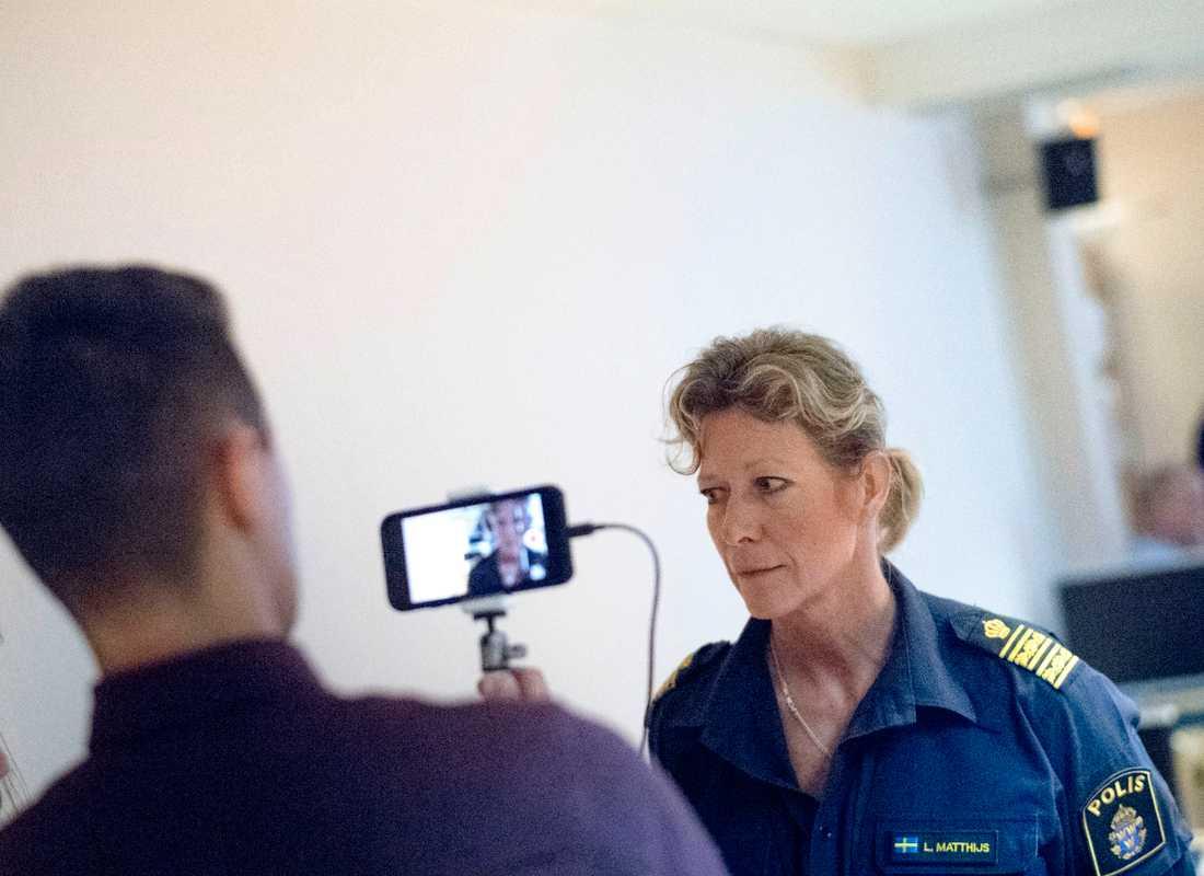 Lena Matthijs, polisområdeschef Älvsborg vid polisens pressträff om mordet på en kvinna vid ett motionsspår i Ulricehamn förra året.