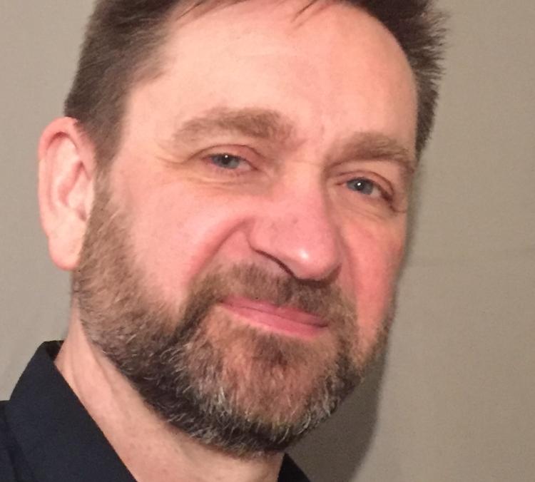 """""""Jag är inget fan av energidrycker"""", säger Michael Henriksson (S)."""