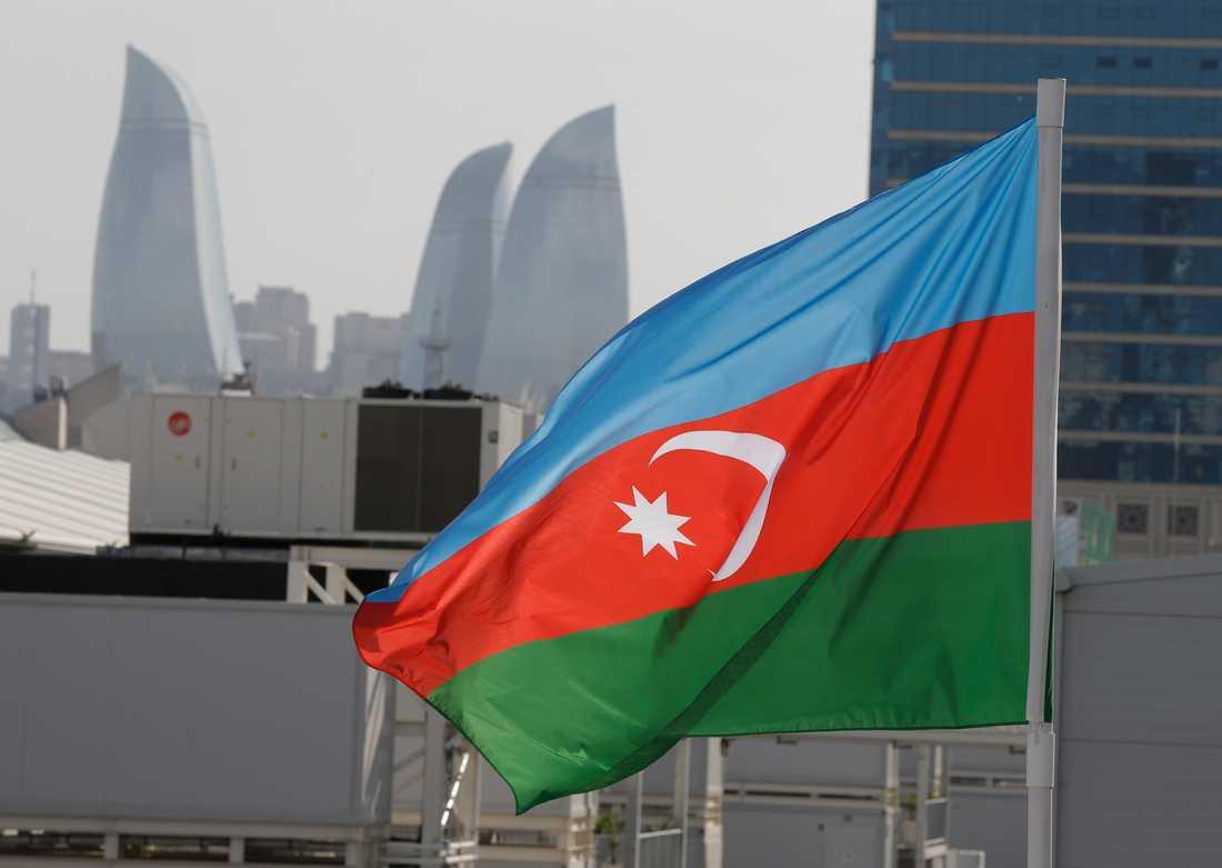 Azerbajdzjans flagga. Arkivbild.