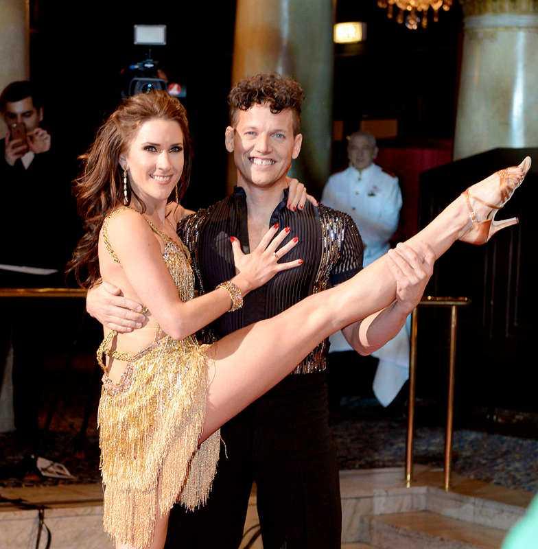 Nassim Al Fakir, 38, tv-profil, med danspartnern Jeanette Carlsson från Let's Dance.