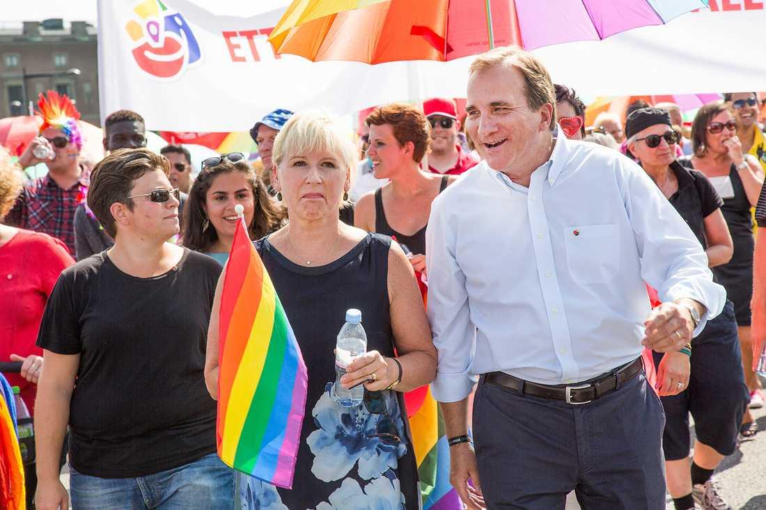 Stefan Löfven gick i Prideparaden förra året. Men kommer inta att göra det i år.
