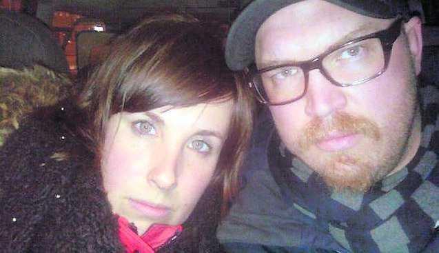 André Jonsson, 31, och hans sambo Erika Andersson, 31, var bara meter från bombmannen.