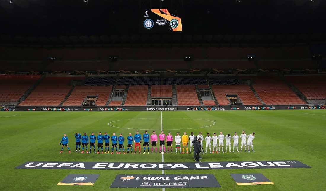 Inter och Ludogorets spelade inför tomma läktare på San Siro i Europa League i torsdags. I helgens ställs fem Serie A-matcher in på grund av coronaviruset.
