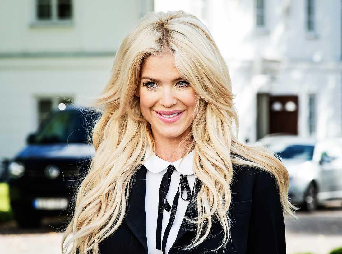Victoria Silvstedt, 41, ägnar helst sina dagar åt aktiehandel.