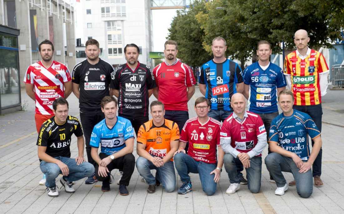 Övre raden vänster: David Jansson (Pixbo), Johan Astbrant (Linköping), Thomas Brottman (Falun), Patrik Rehnstrand (Granlo), David Ahlmark (Sirius), Niklas Nordén (Växjö), Magnus Anderberg (Helsingborg). Nedre raden från vänster: Patrik Edgren (AIK), Oscar Lundin (Warberg), Ola Persson (Höllviken), Stefan Forsman (Storvreta), Peter Wallin (KAIS Mora), Mikael Hill (Mullsjö)