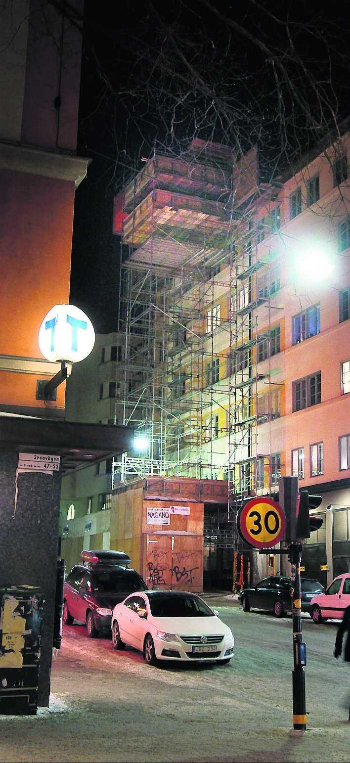 INTE FÄRDIGBYGGD I april flyttar Wanja Lundby-Wedin in i den nybyggda takvåningen på Saltmätargatan – en av Stockholms bästa adresser. Granne blir före detta LO-basen och styrelseordföranden Ove Bengtsberg.