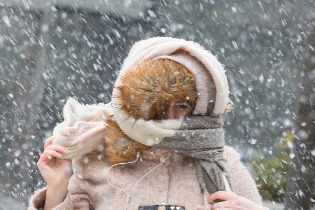 SMHI klass 1-varnar för snöfall i stora delar av södra Sverige.