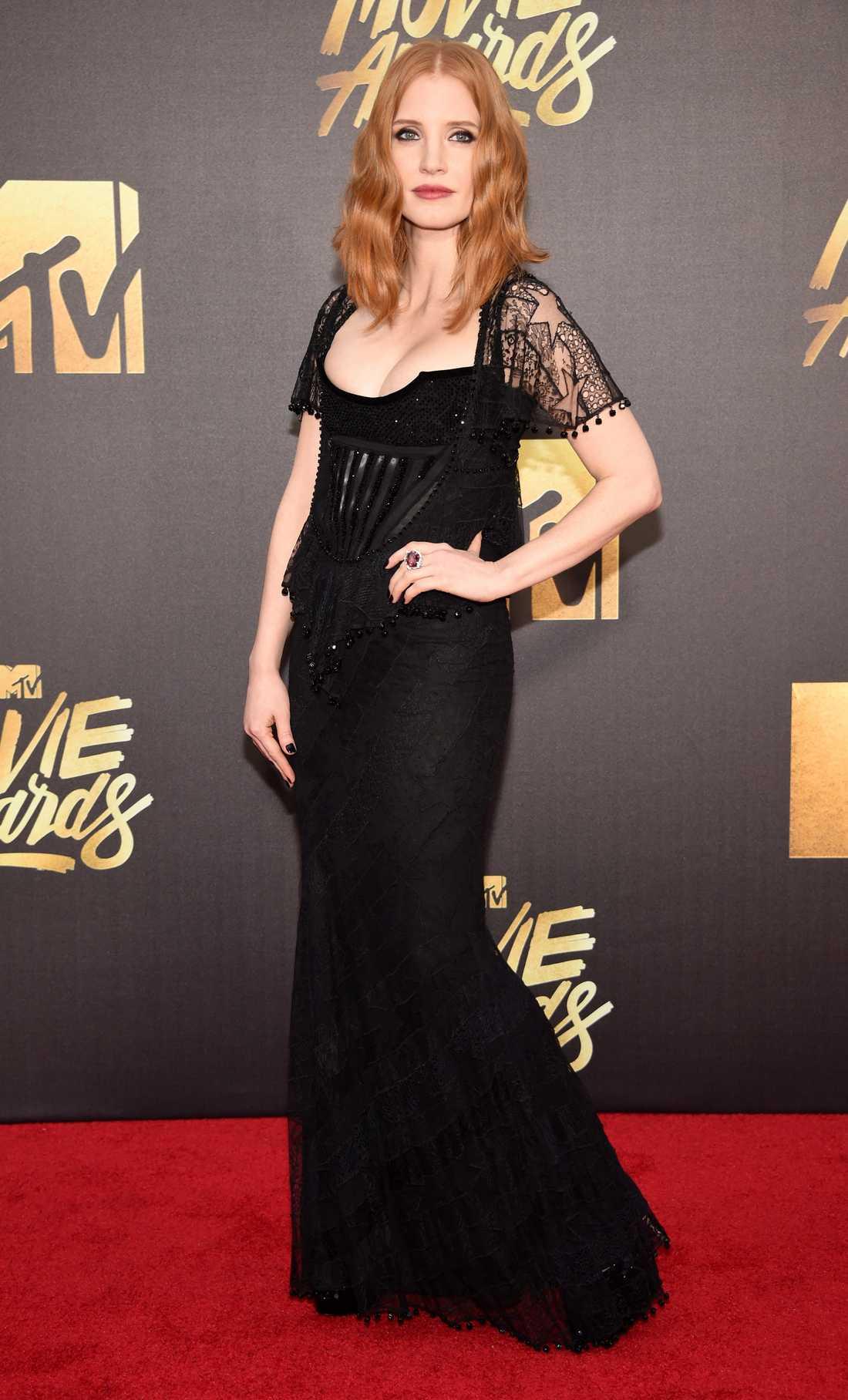 Jessica Chastain valde liksom många andra att dressa sig i svart.