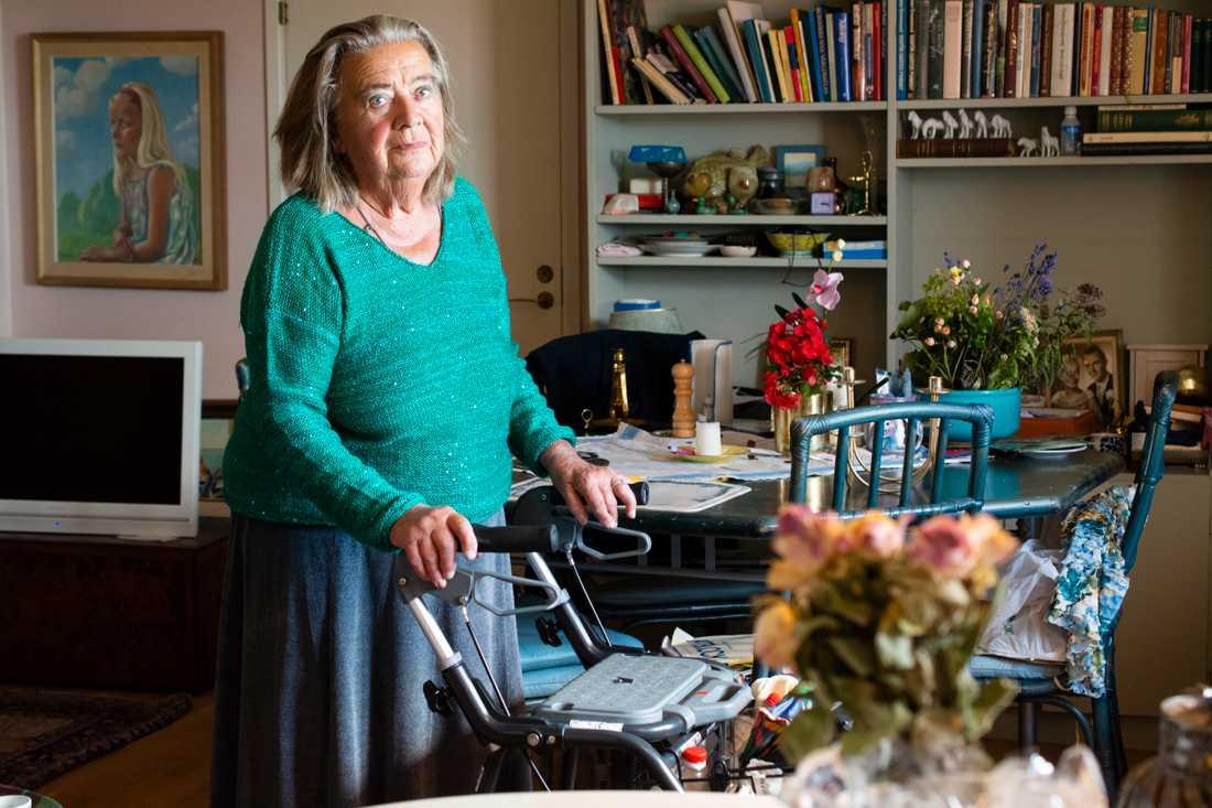 Agnes Fröberg, 85, vräks ur sin lägenhet.
