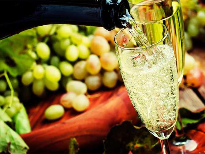 Champagne – det finns många regler kring den ädla drycken.