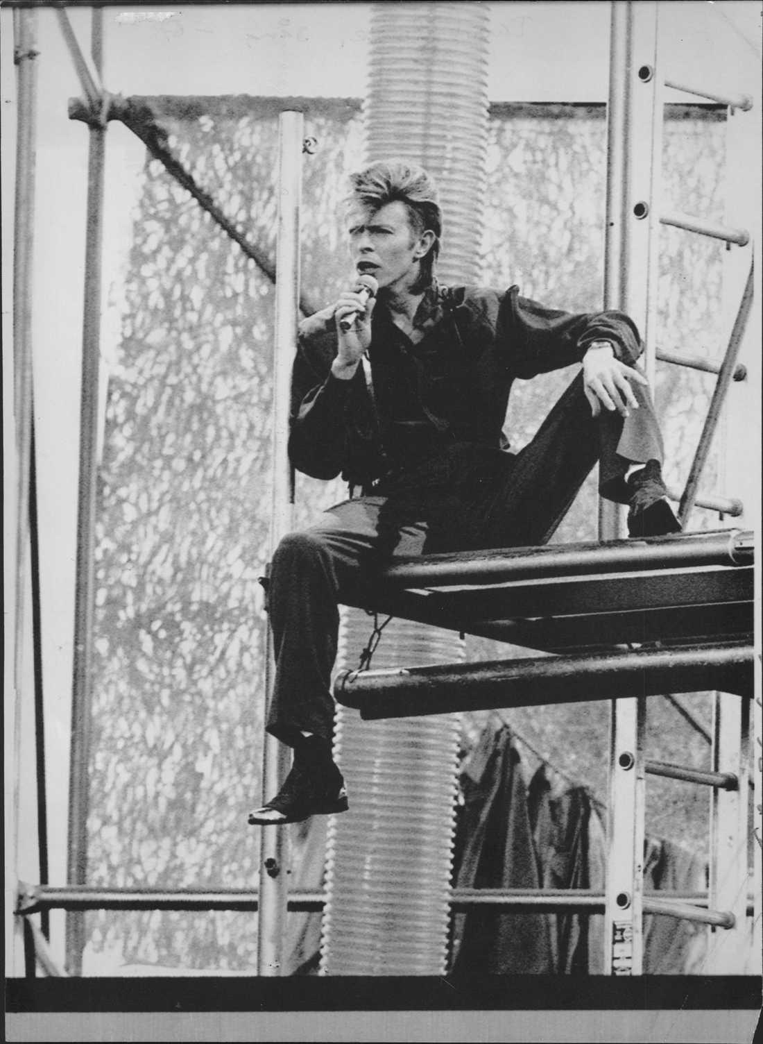 """David Bowie tog sin """"Glass spider tour"""" till Eriksbergsvarvet i Göteborg den 27 juni 1987."""