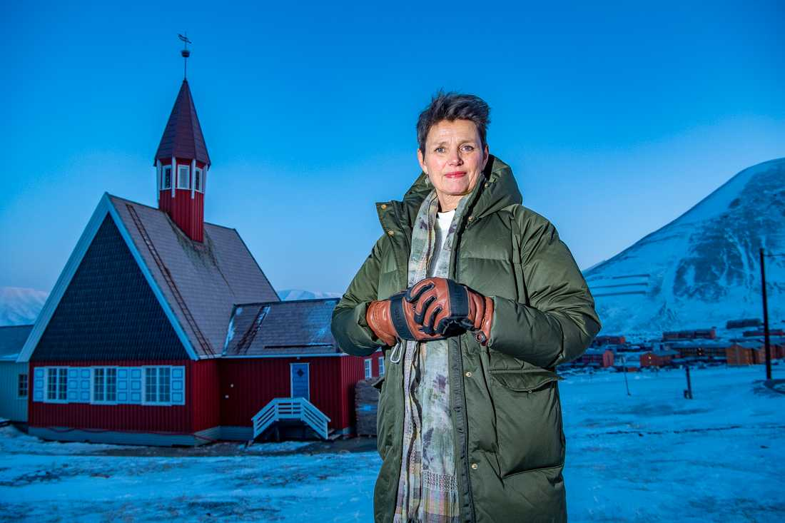 Siv Limstrand arbetar som kyrkoherde i Longyearbyen på Svalbard.