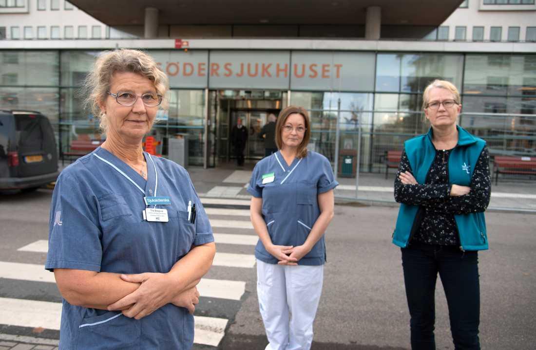 Intensivsjuksköterskan Tina Skoglund, Maria Widing, undersköterska på intensiven och Charlotta Dickman, samtliga på Södersjukhuset i Stockholm, ser med oro på en andra våg av pandemin.