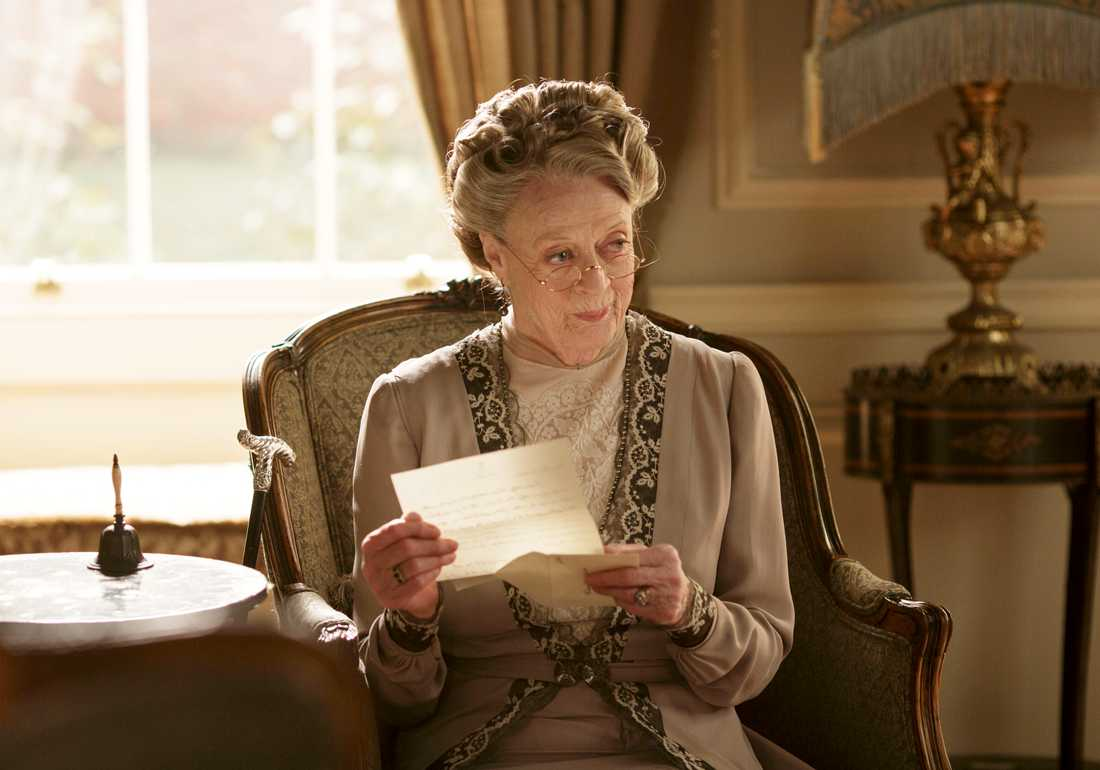 "Maggie Smith som Violet, Dowager Countess of Grantham, i tv-succén ""Downton Abbey"""