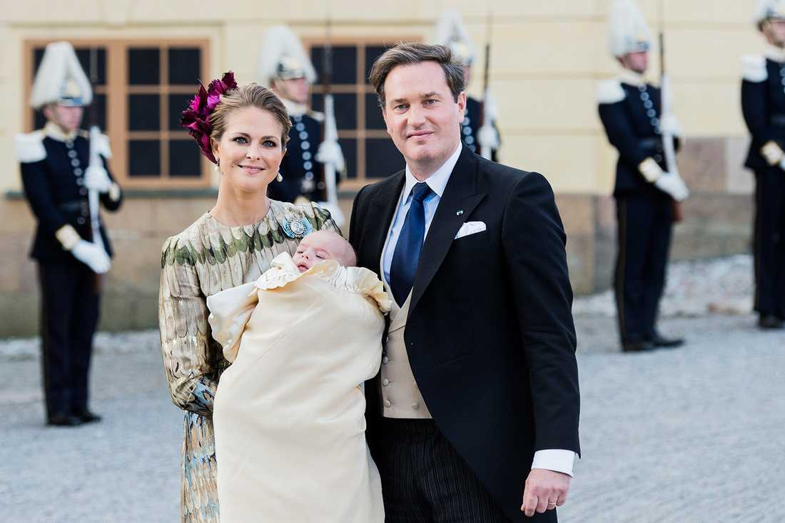 Prinsessan Madeleine är också en tänkbar fadder enligt experterna.