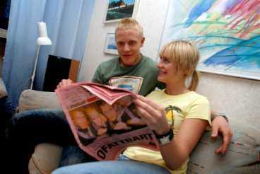 Första dagen i Sverige blev det att läsa om VM-silvret i Sportbladet.