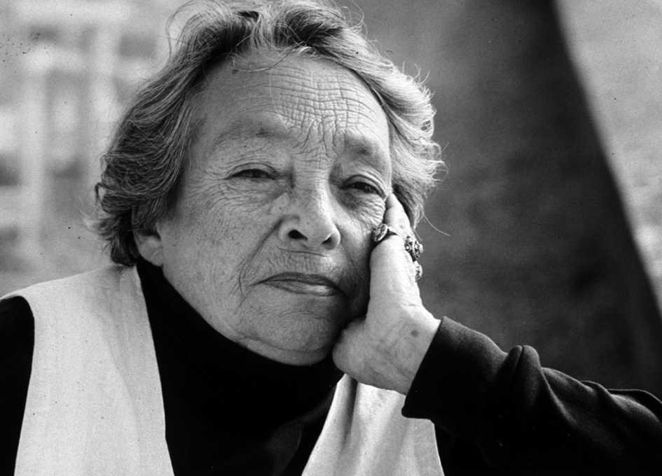 Marguerite Duras (1914–1996) var författare och filmare.