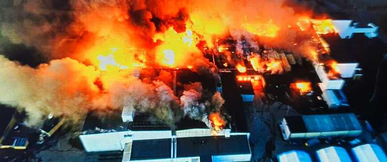 Branden i Polarbröds bageri startade före midnatt på söndagen.