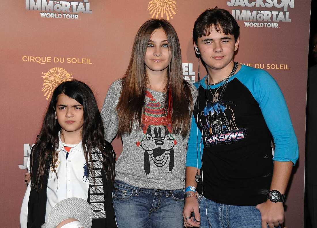 Micael Jacksons barn Blanket, Paris, och Prince Michael.