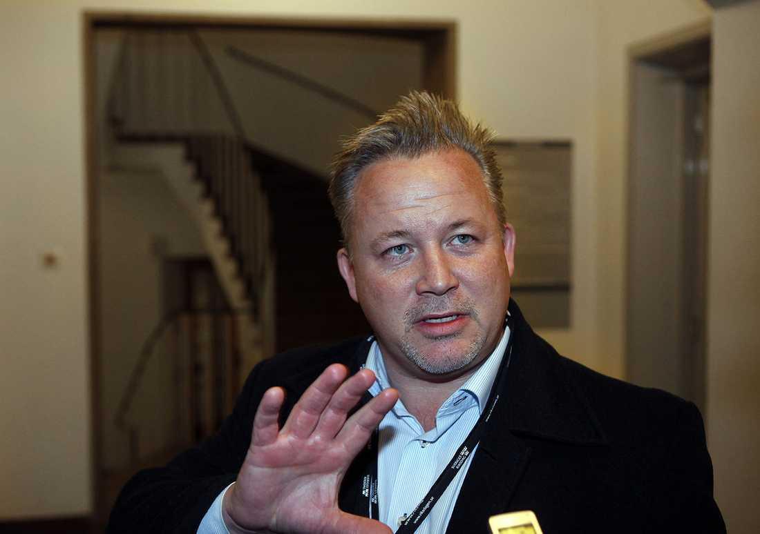 Riksdagsledamoten Kent Härstedt (S) vill inte tala om sina bonuspoäng.