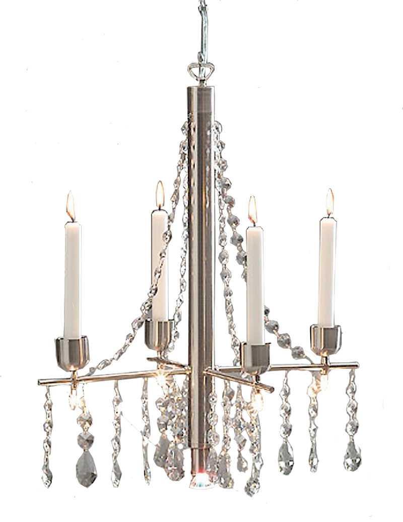 KROMAT. Stilren, kromad takkrona med spottar och kristaller, www.lamplagret.se, 1930 kr.