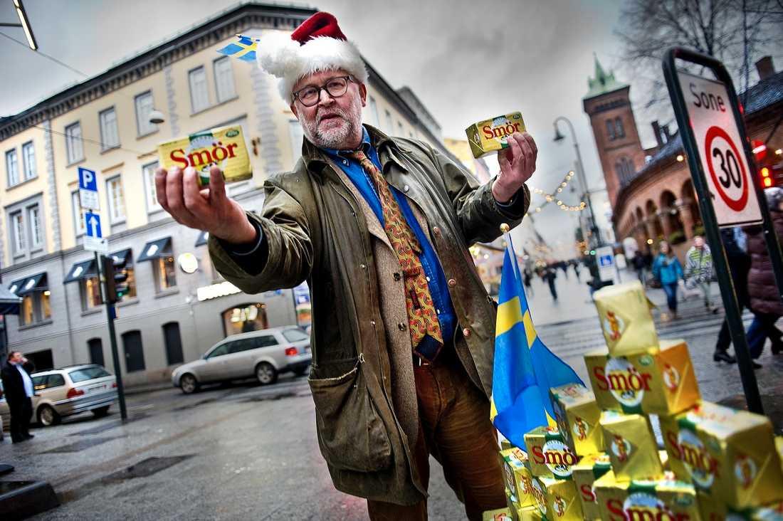 FETT POPPIS När norrmännen lider av smörbrist kommer Aftonbladet till undsättning med 30 kilo smör.