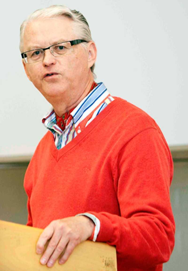 Gunnar Falkemark, professor i statsvetenskap vid Göteborgs Universitet.