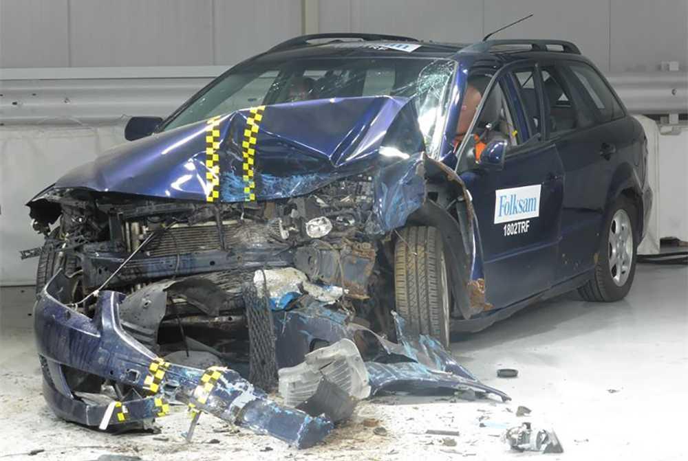 Krocksäkerheten kan försämras rejält av rost på bilen, enligt Folksam.